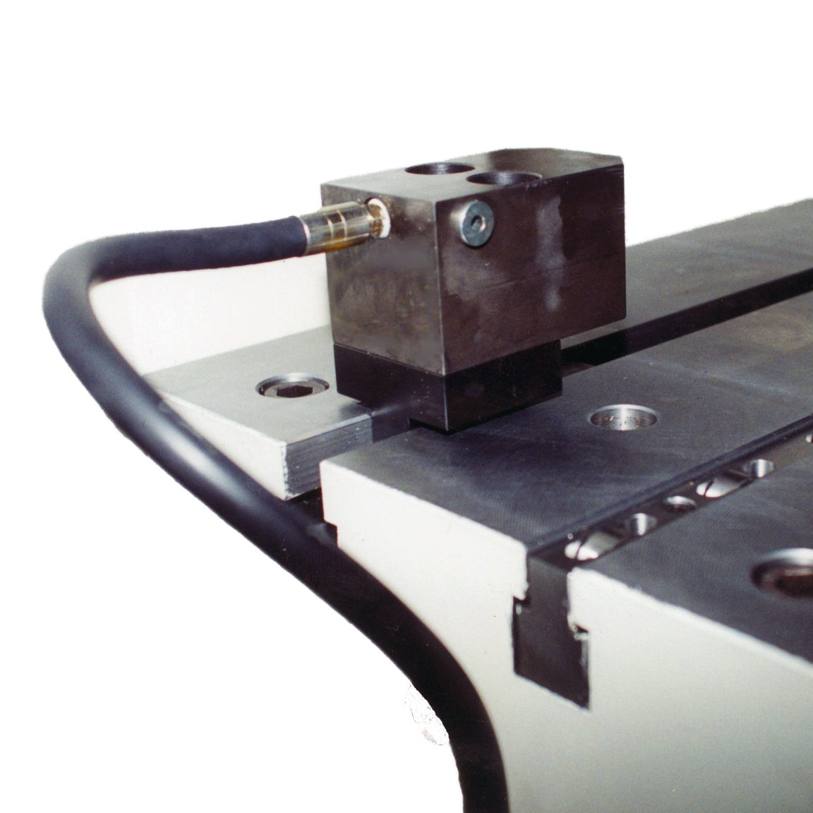 Mtc t slot clamps eas change systems