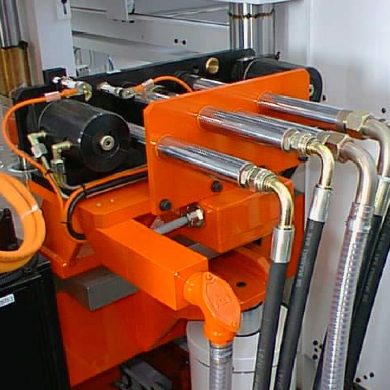 Automatic multi couplers